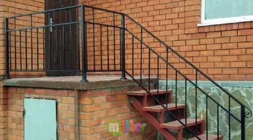 Изготовление и монтаж балконных и лестничных ограждений